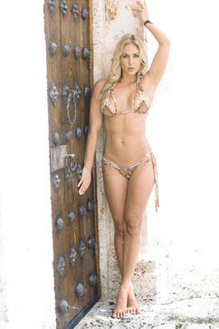 Colleen Kelly Designs Swimwear Image: Macramé Minikini